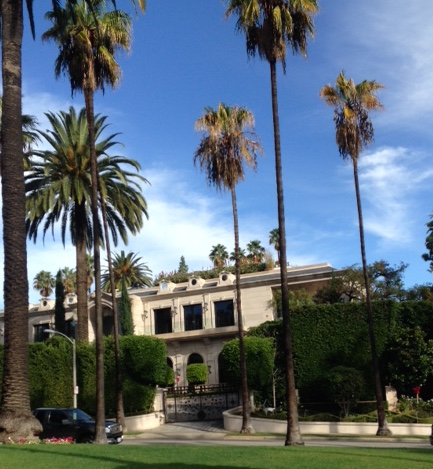 Hotel pickups for los angeles and beverly hills tours for La celebrity home tours