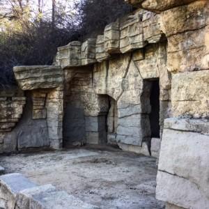 Griffith Park Abandoned Zoo Hike
