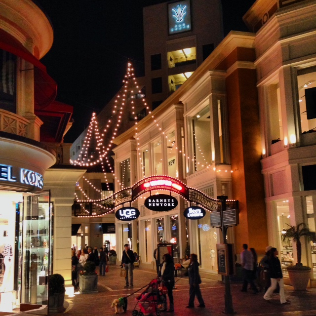 los angeles on valentines day and sees candies at the grove
